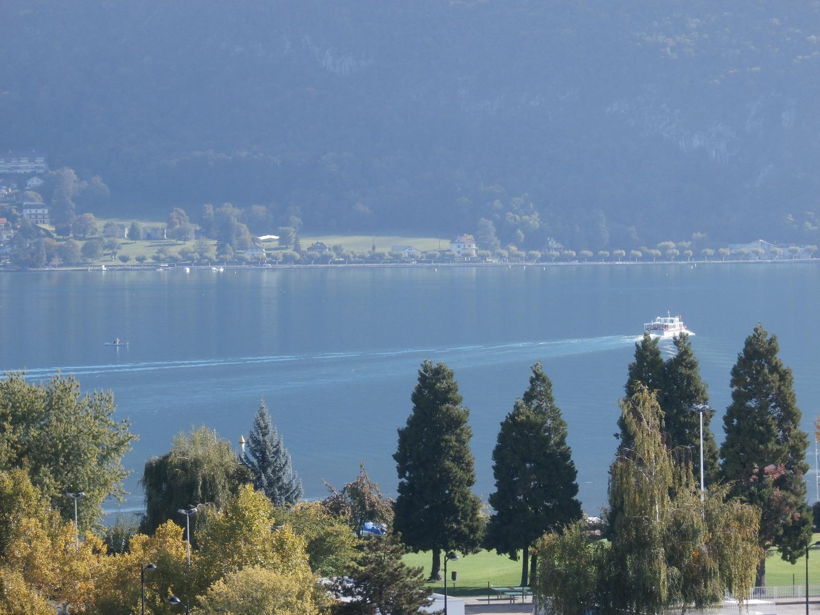 A427 - Annecy-centre, T3 de 112 m² avec vue lac