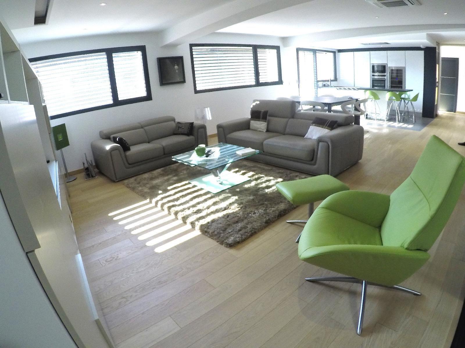 A458- Annecy, centre-ville, Appartement haut de gamme