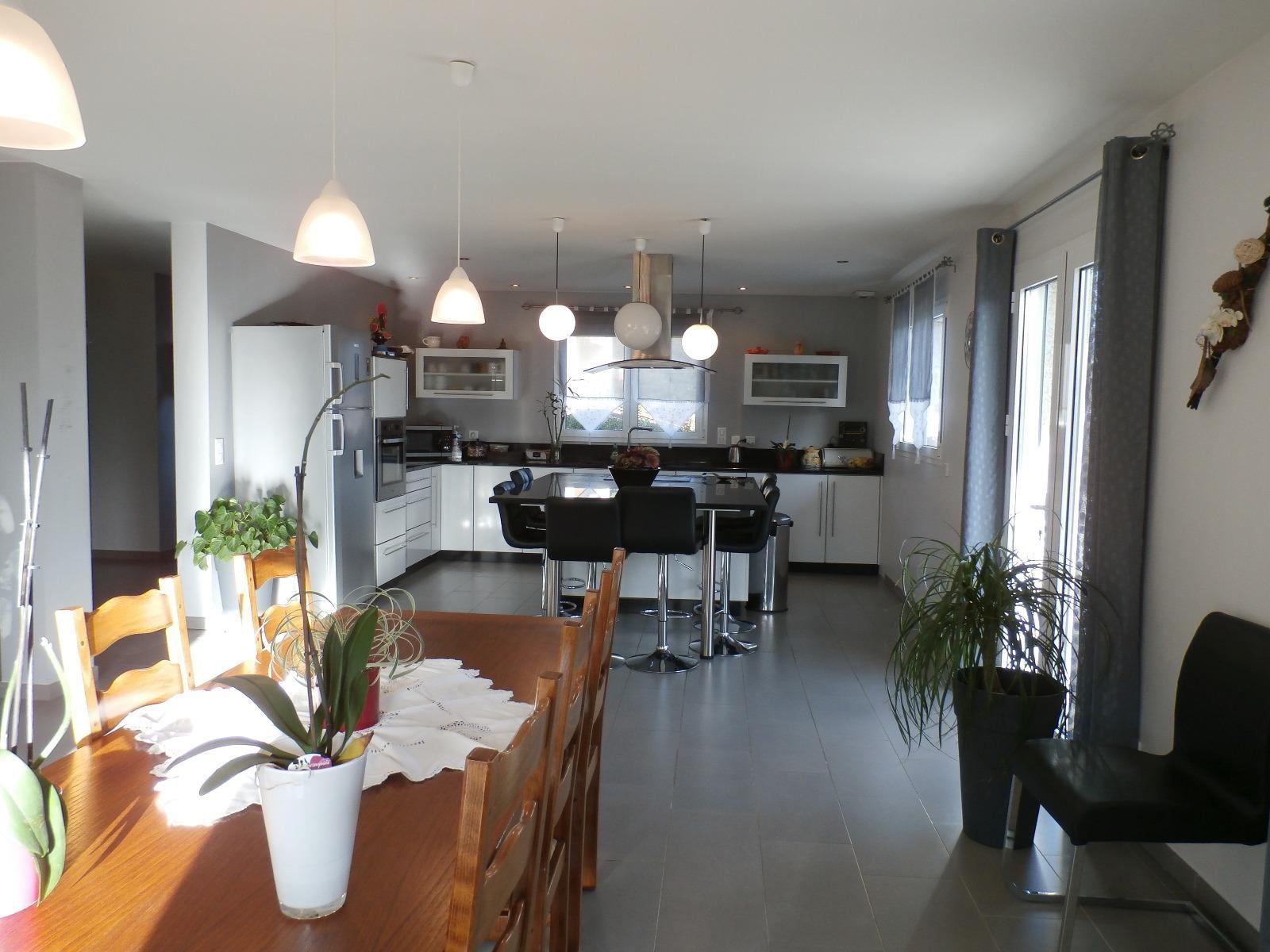 V462-  Exclusivité, Albens, maison de plein pied