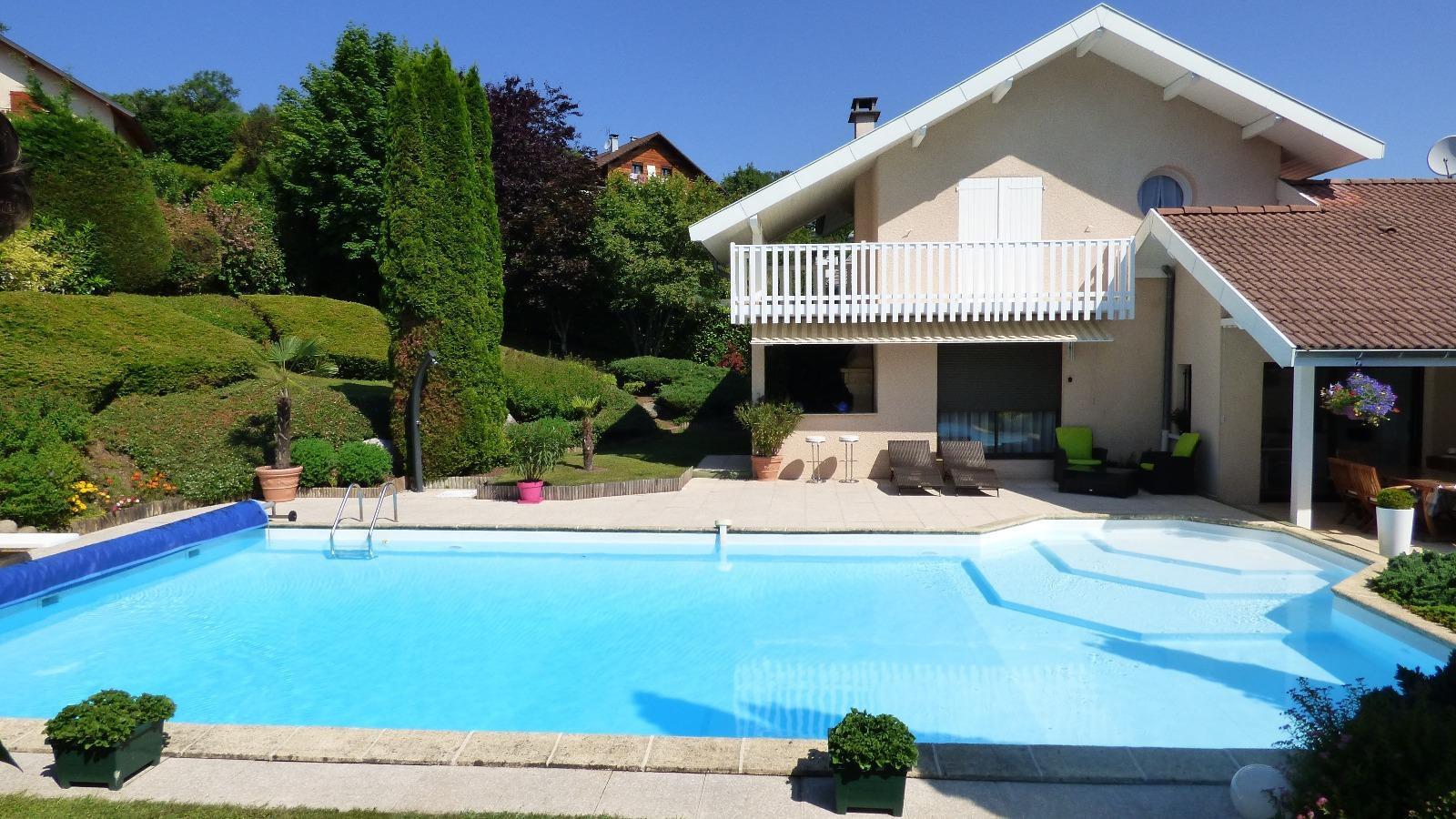 1531- Maison d'architecte avec piscine