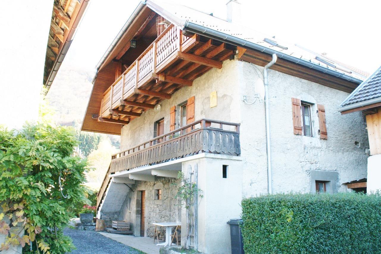 6215- Jolie maison de village