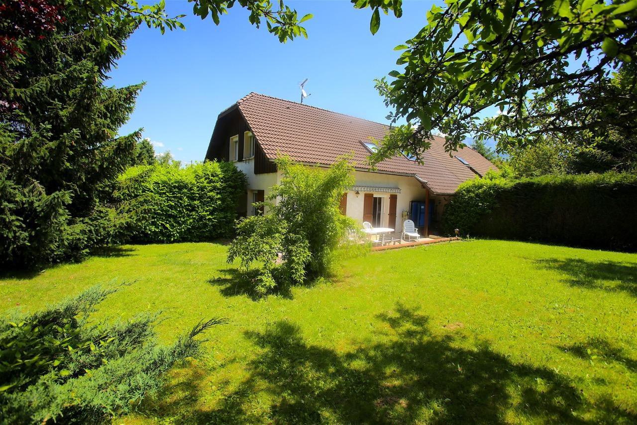 V582- Annecy le Vieux, Maison sur 880m2 de terrain