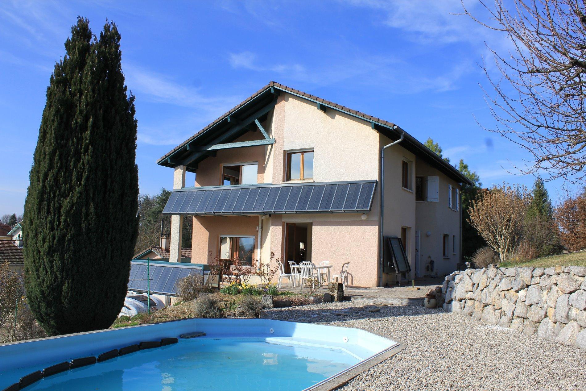 V726 - Aix les Bains, vaste villa de 224m²