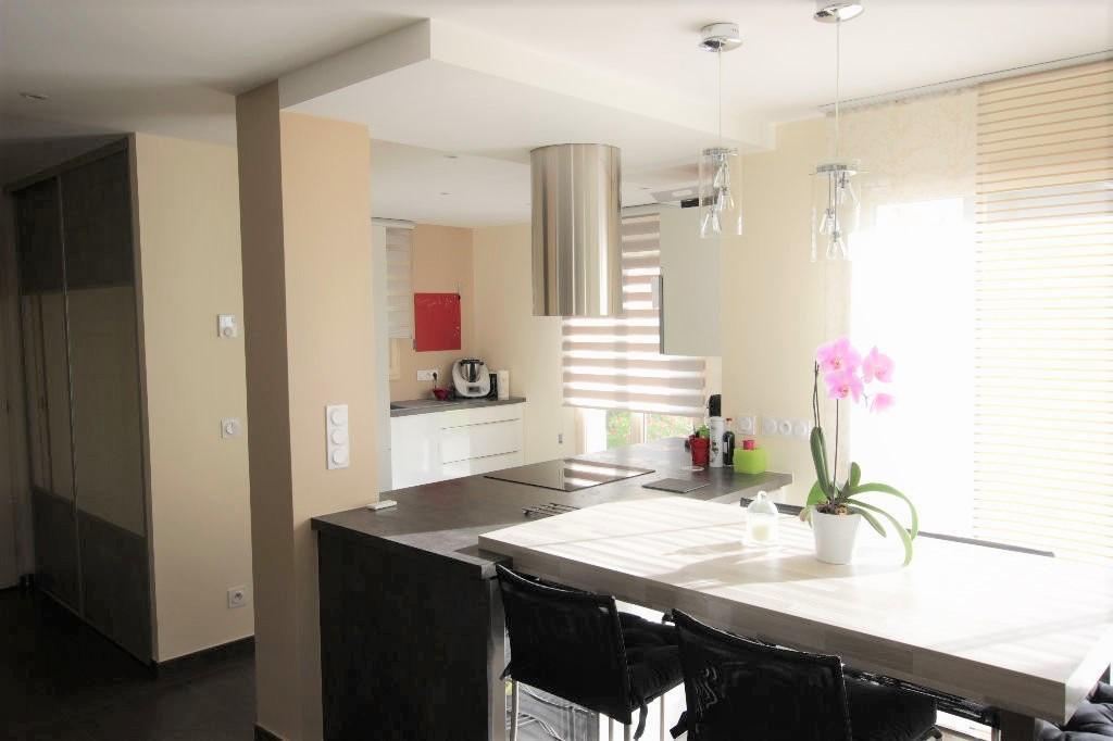 Maison 4 pièces 143 m²
