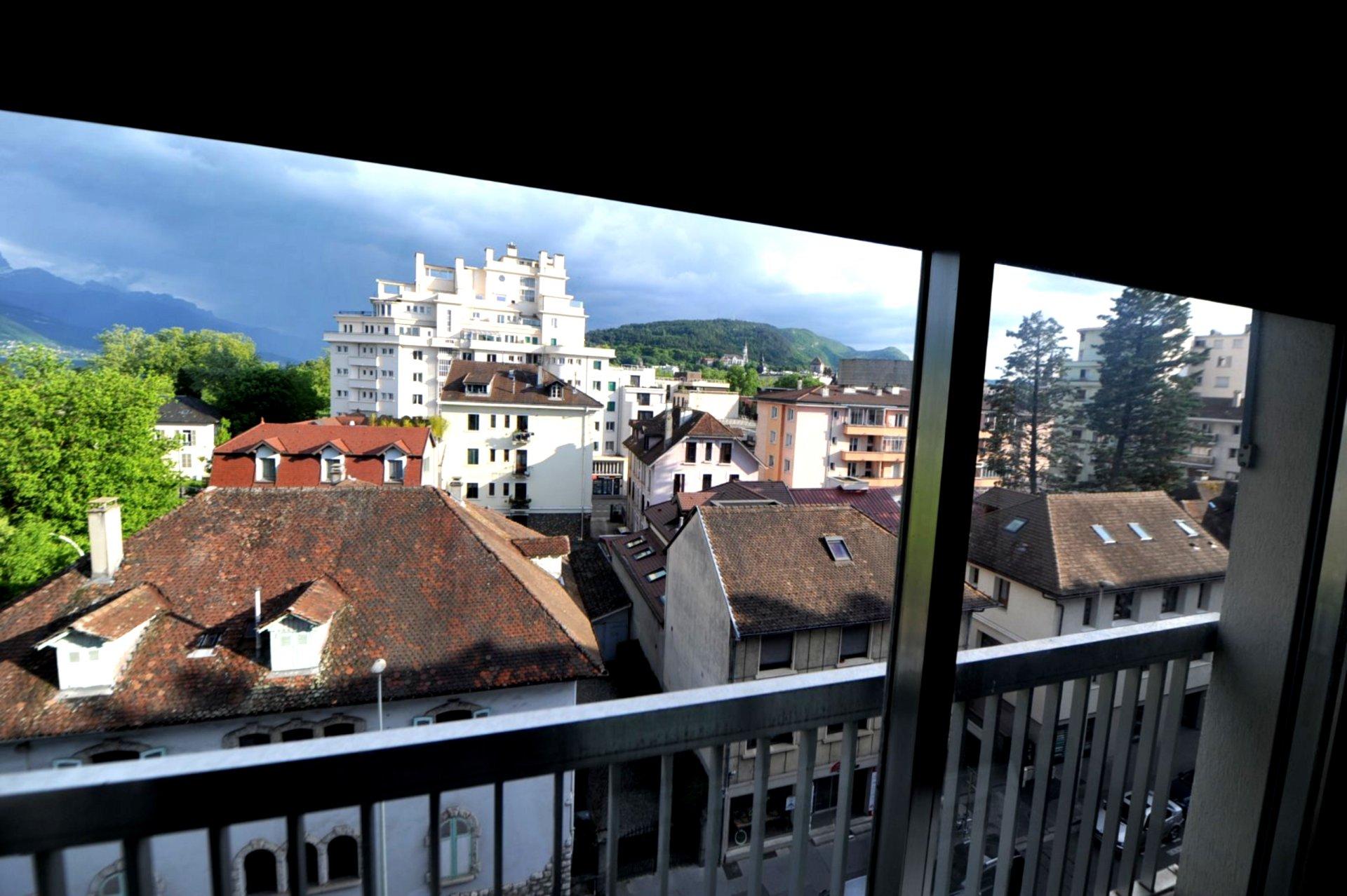 Annecy, dernier étage, Appartement de type 3 au coeur d'Annecy