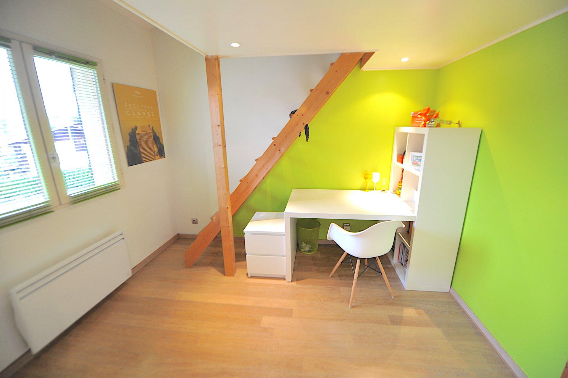 Annecy-le-Vieux, maison individuelle jumelée sans vis à vis
