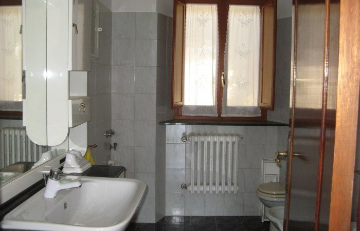House with 2 apartments - panoramic views