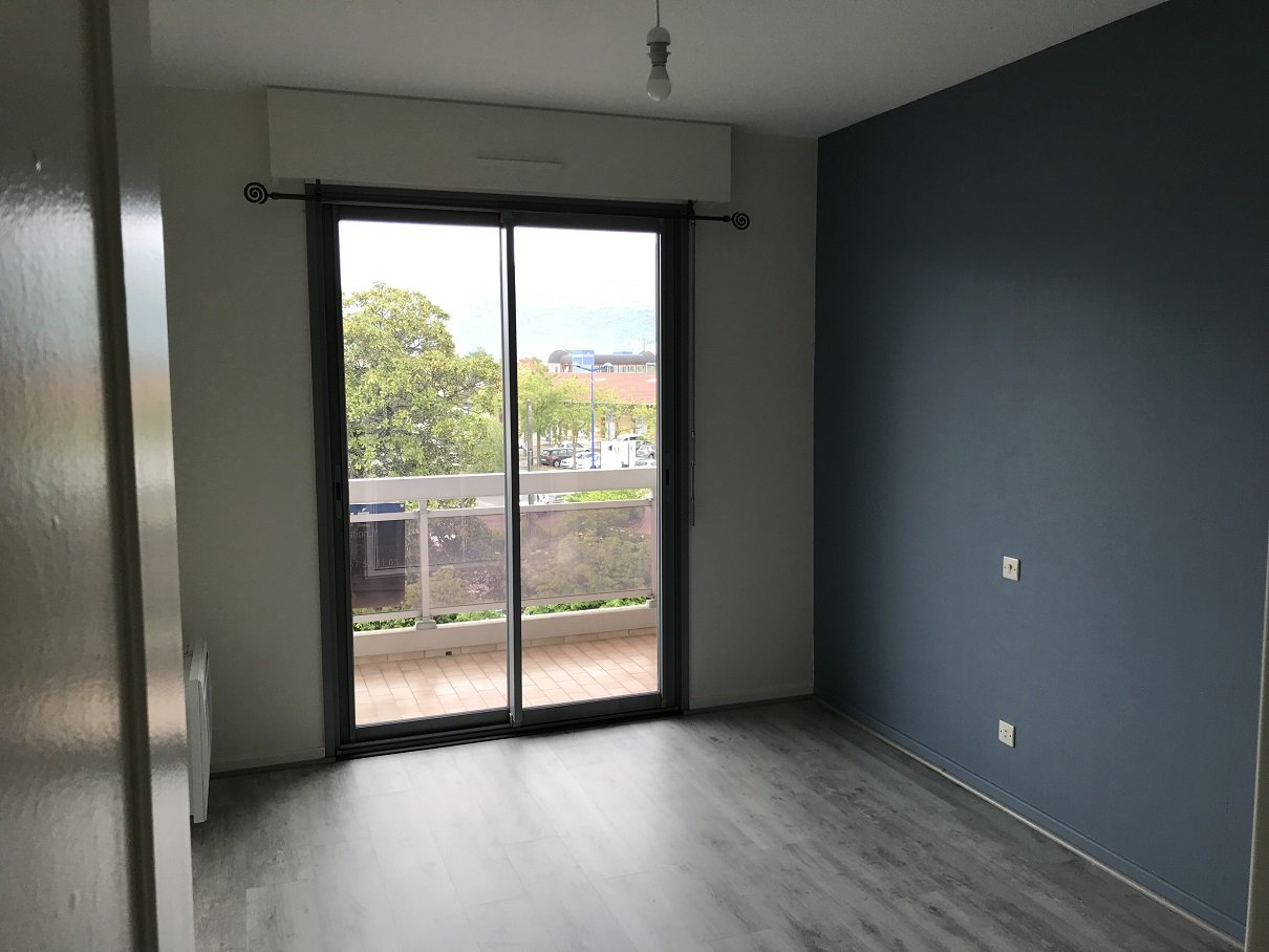 Appartement T3 avec garage et balcon