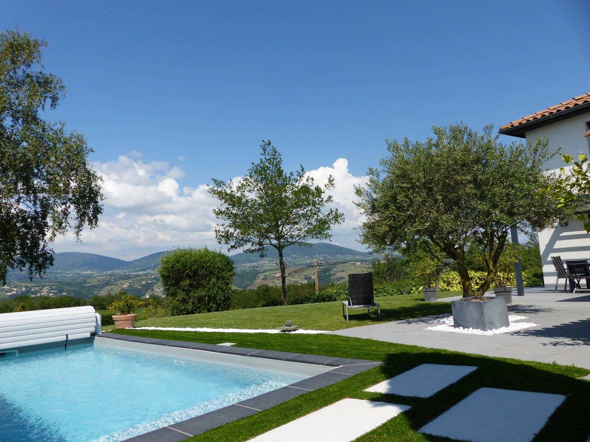 Villa belles prestations avec vue exceptionnelle
