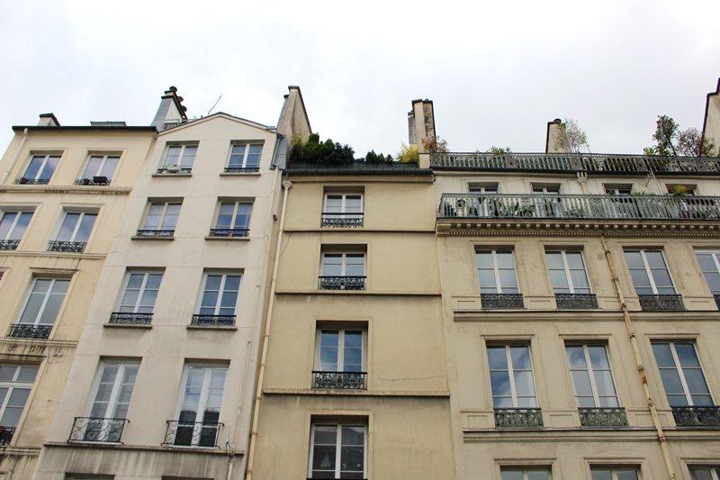 Paris IV - Prox. Place des Vosges - Double studio