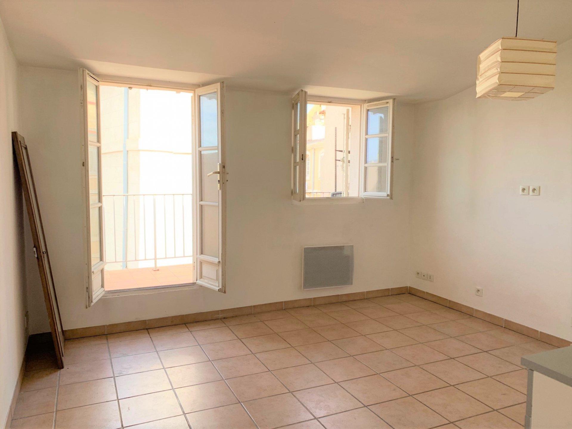Panier - Studio avec terrasse