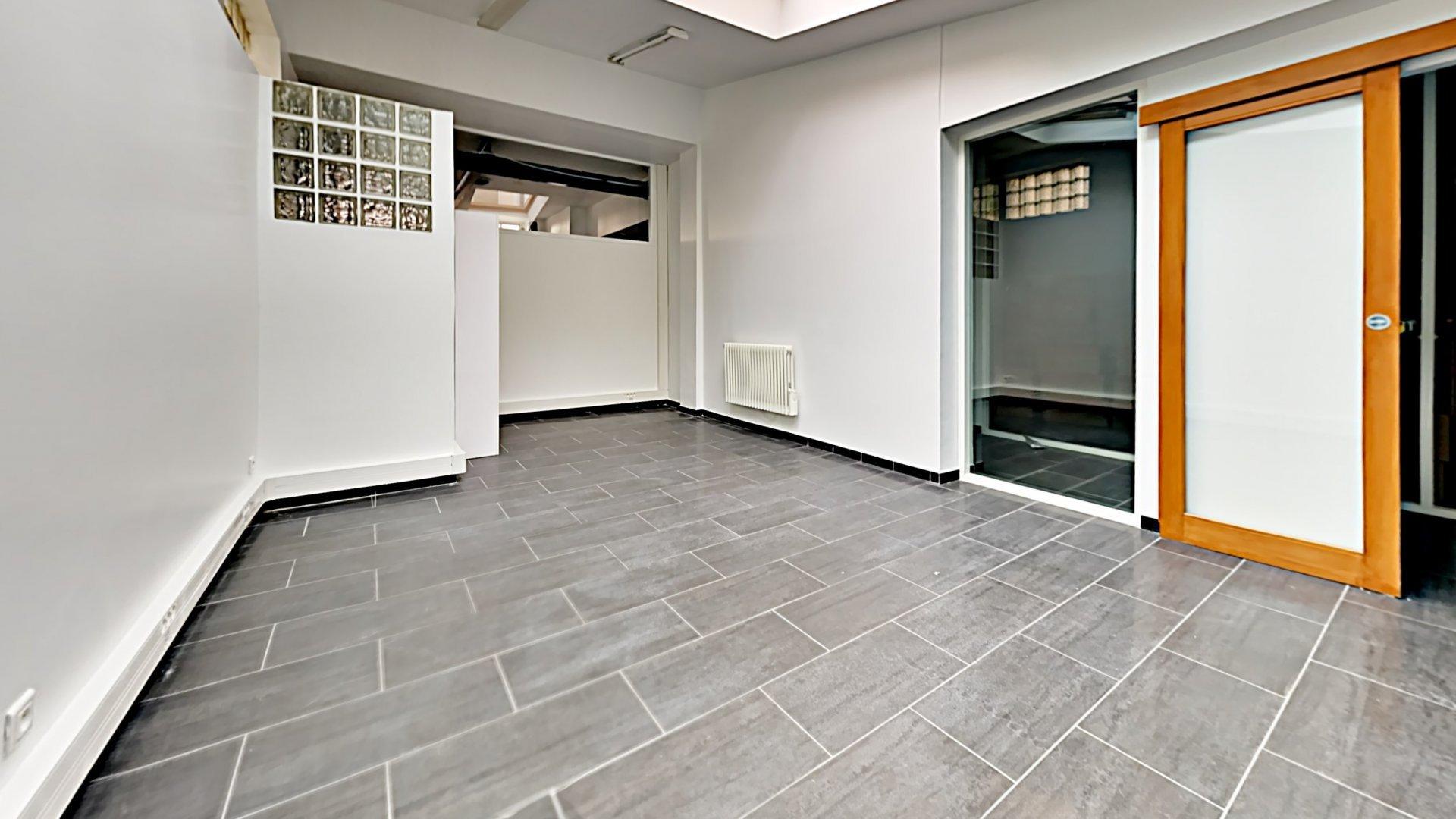 Location Bureaux 153 m² - Vanves - Limite 15ème