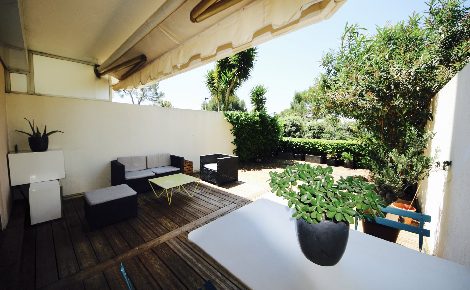 Le Cannet/Mougins, very nice one bedroom apartment 48sqm and terrace 40sqm at 15mn from the famous Croisette