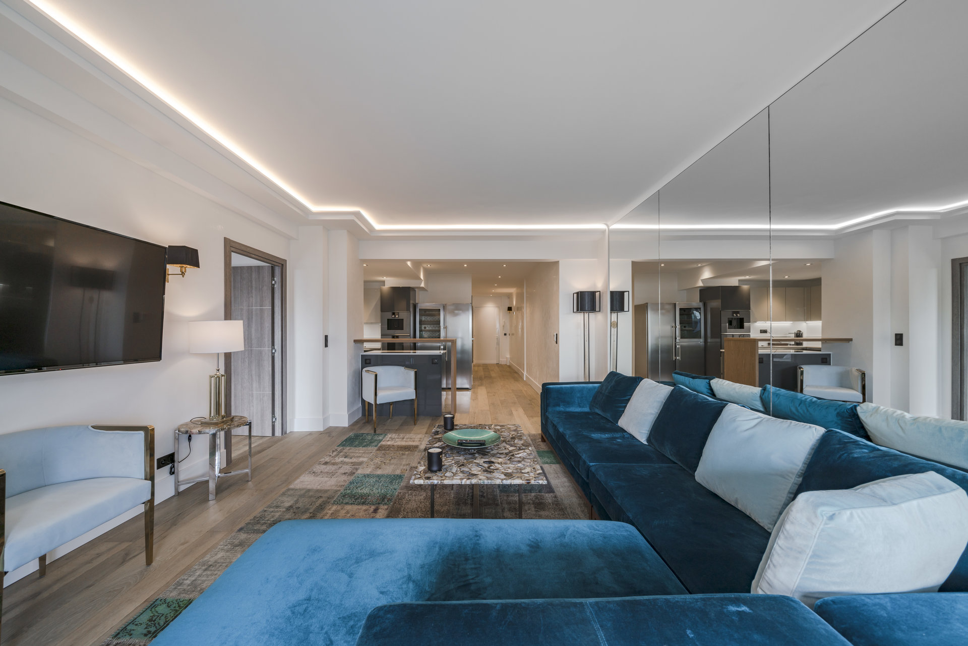 Beautiful aparment for sale on Cannes Croisette