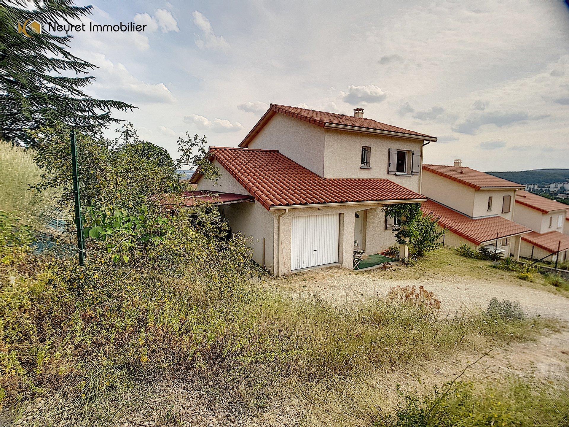 Villa T5 rescente de 100 m2