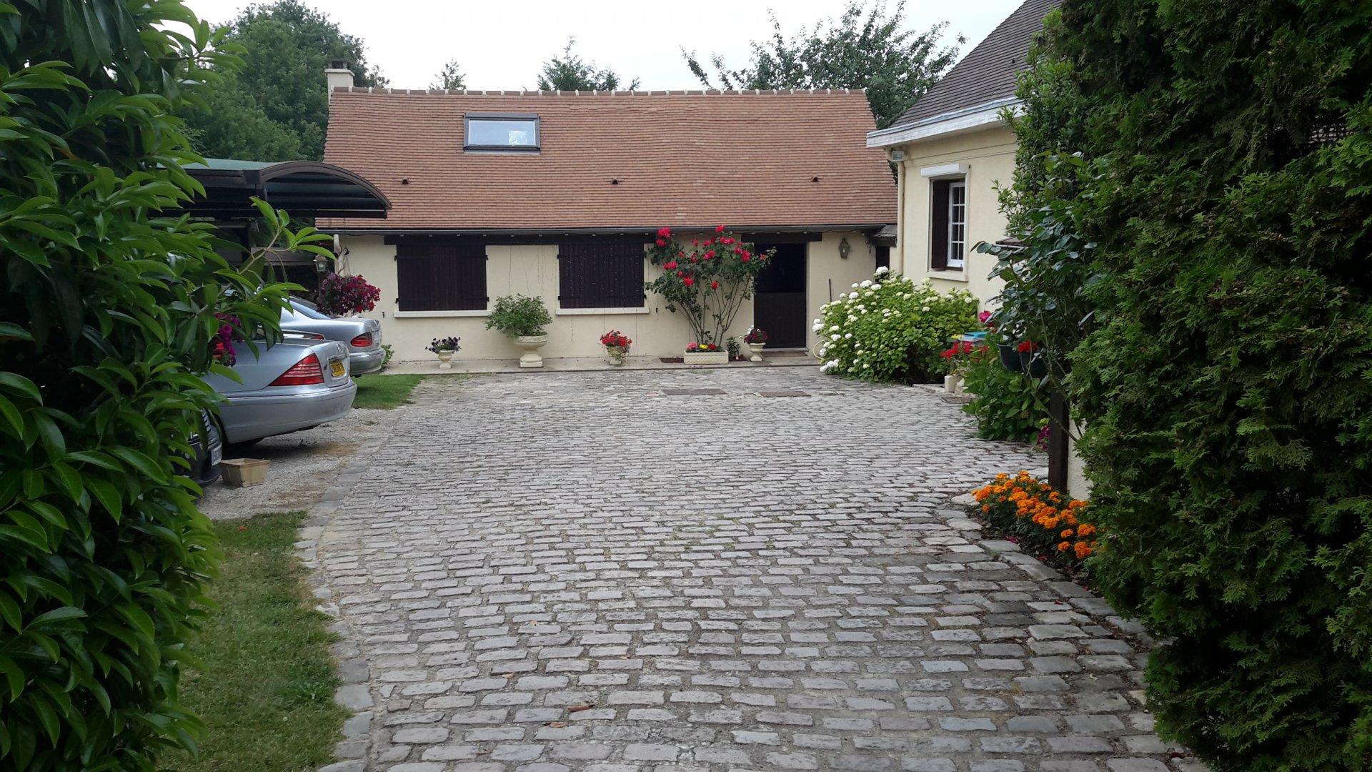 Propriété de 320 m²