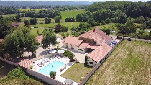 Superb property with pool and jacuzzi in the Gers, Midi-Pyrénées