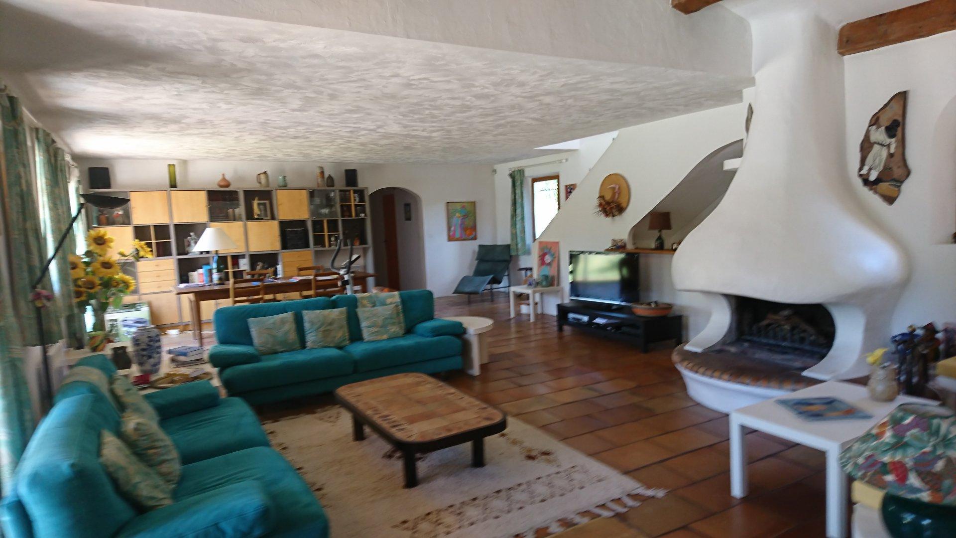 FLAYOSC, maison d'architecte sur 6370 m²