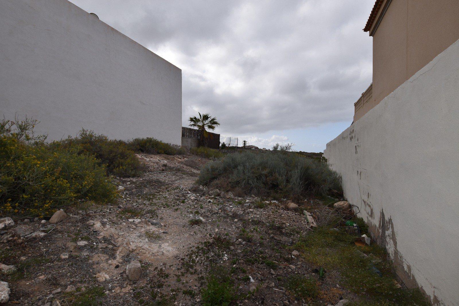 Sale of a building plot Tijoco, Adeje;