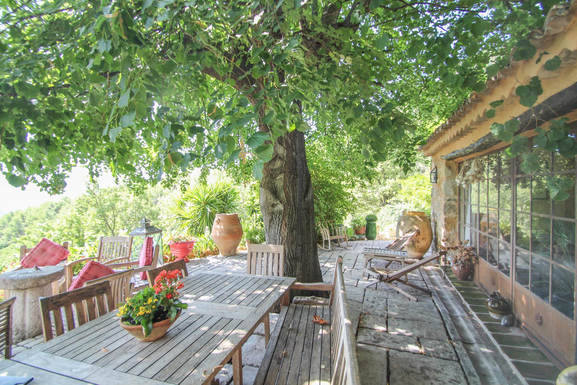 Sale Property - Seillans - France