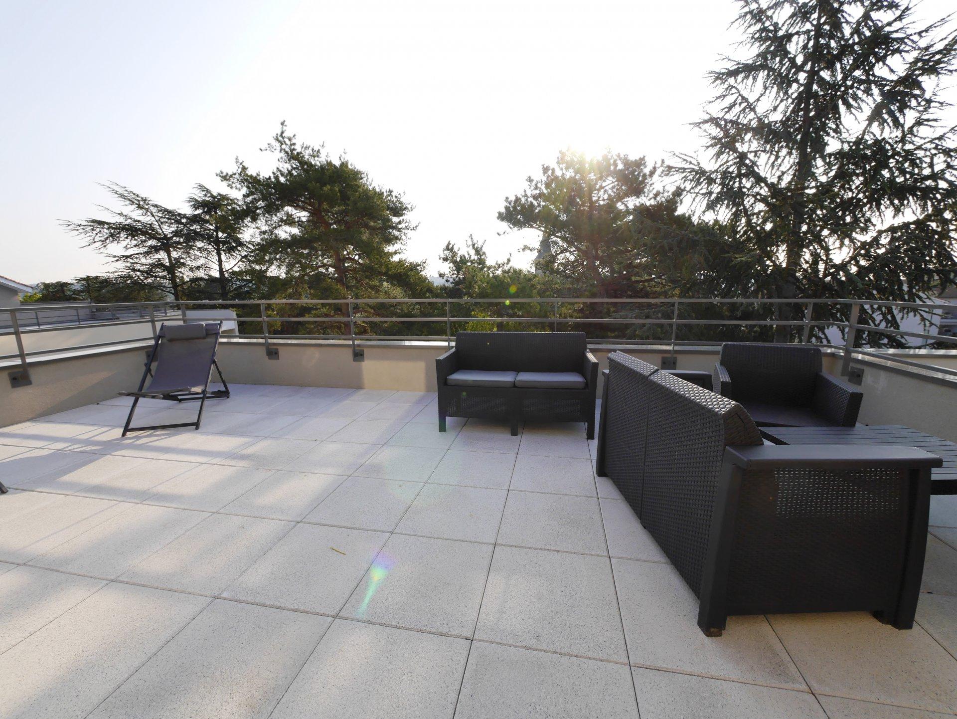 T5 dernier étage duplex avec terrasse