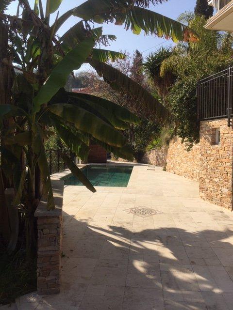 A visiter ! Petit havre de Paix! Rez de jardin de Villa- T3/4- Terrasse- Jardin- Piscine- Vue verdure
