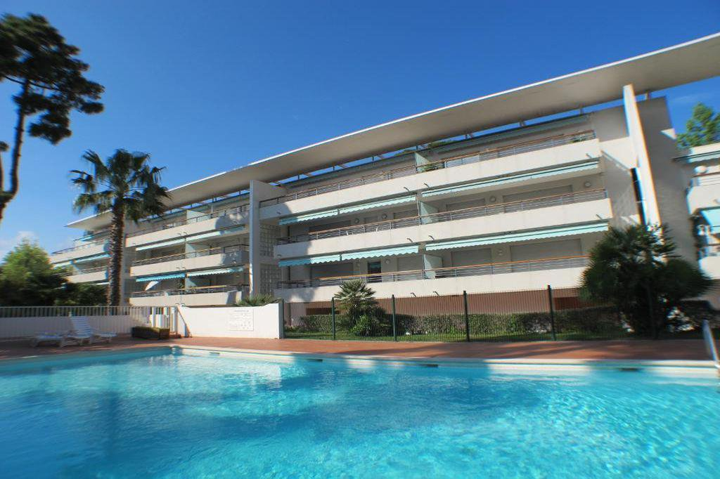 Apartment - Sale - Cap d'Antibes Ilette
