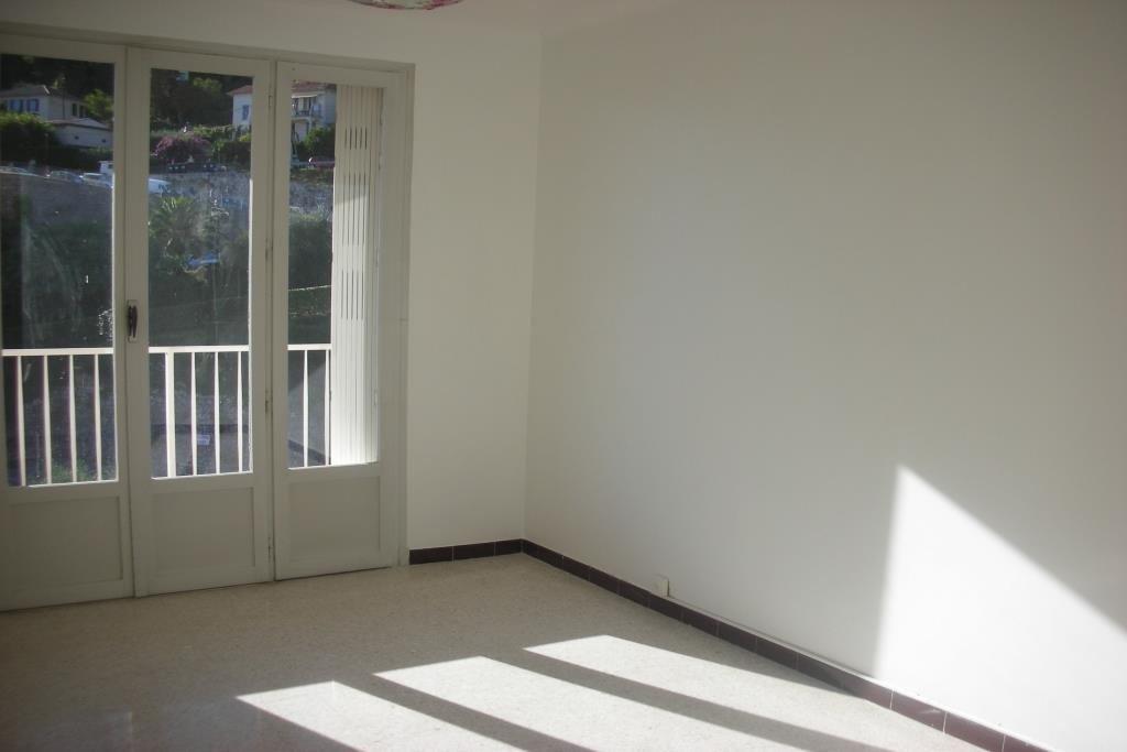 3 PIECES 68,49 m²