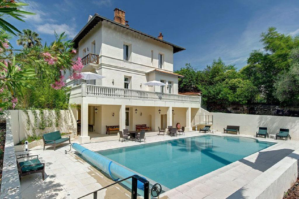 CANNES IN THE HEART OF THE CITY - SPLENDID AND VAST  VILLA