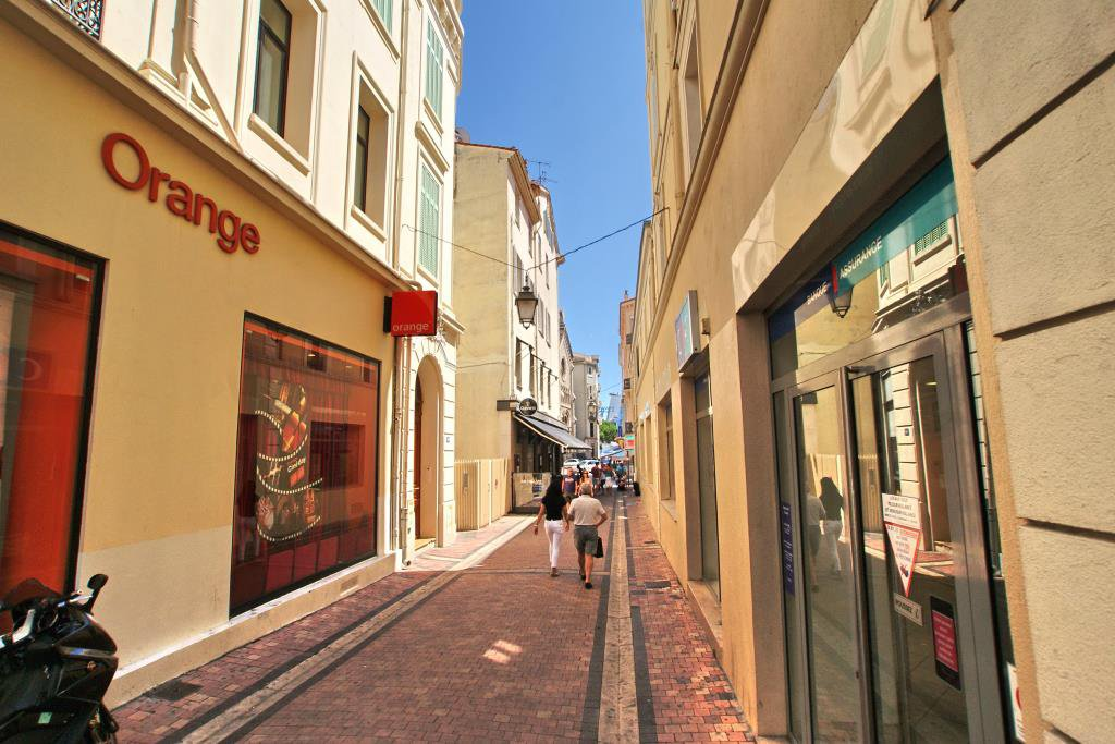CANNES CENTRE - LOCATION
