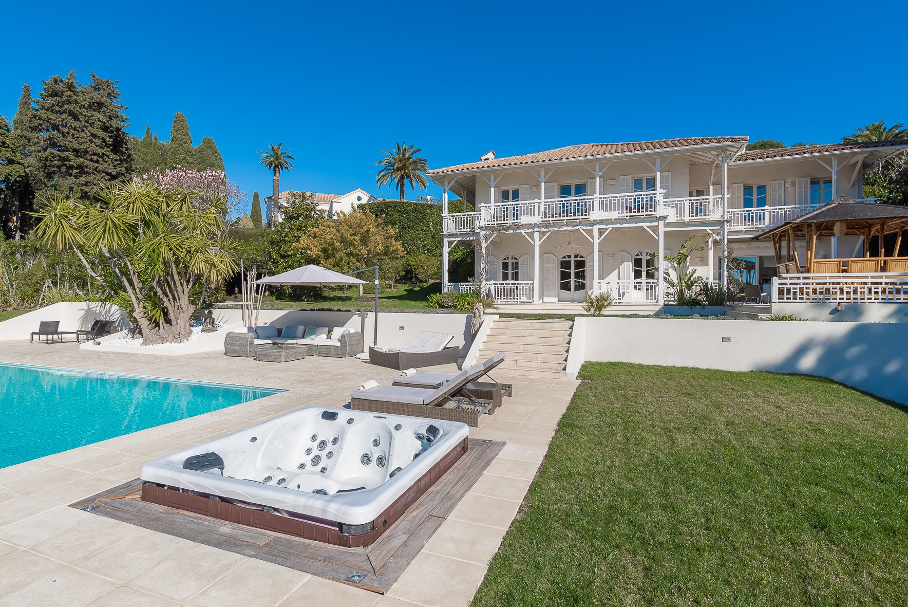 CANNES CALIFORNIE - CHARMING VILLA OF 300 M²