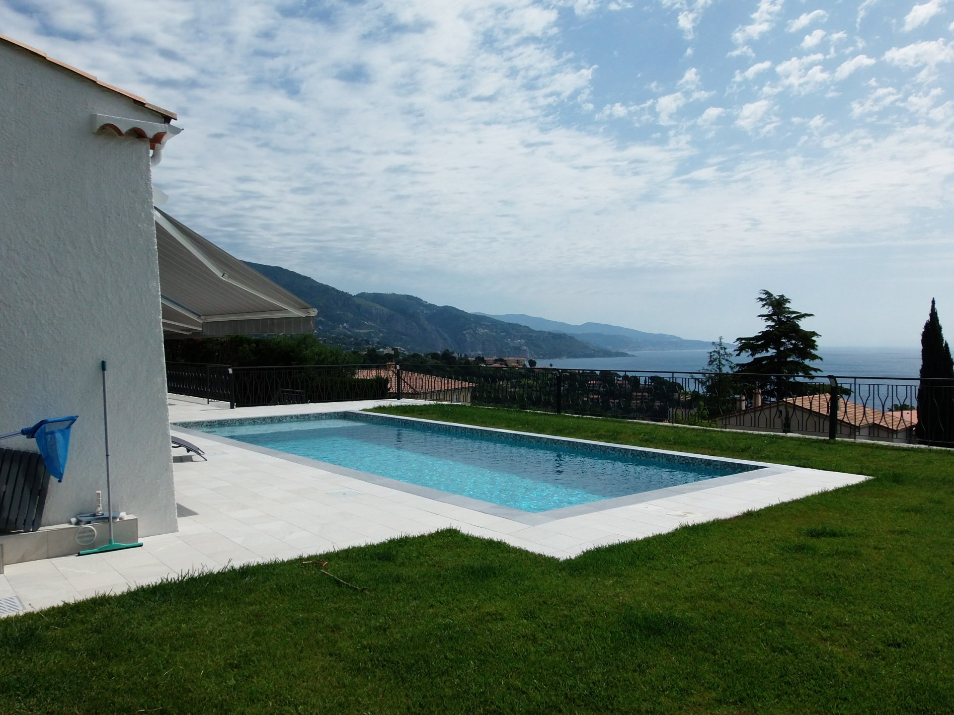 Roquebrune Cap Martin , villa 5 pieces vue mer, piscine