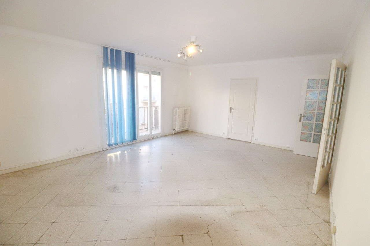 Perpignan, grand T4 avec garage double à la vente
