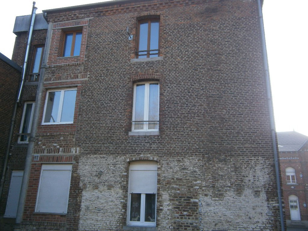 Sale Building - Avesnes-sur-Helpe