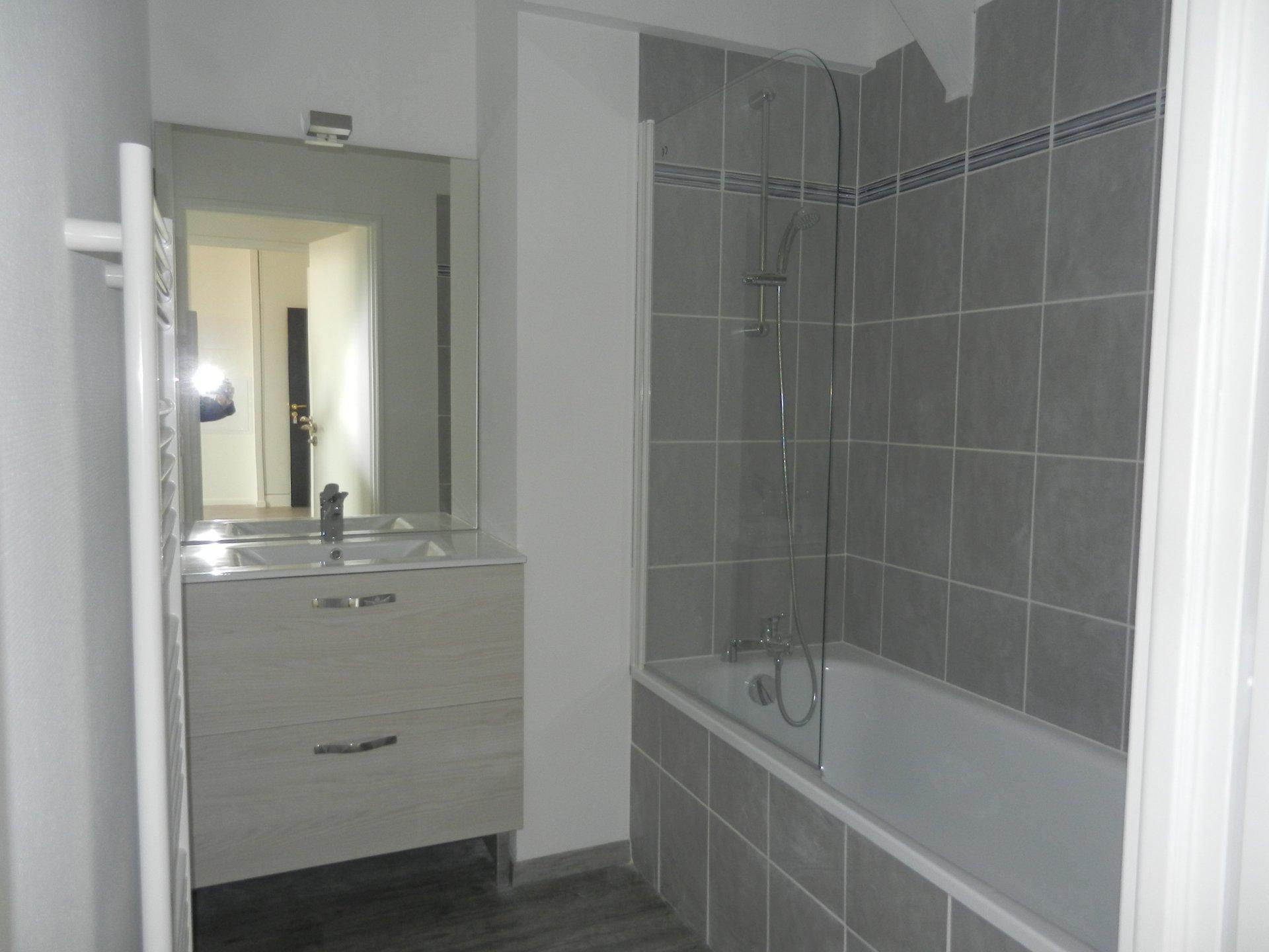 APPARTEMENT T2 de 48  m² NEUF - 2e étage/201  - ASCENSEUR - VISIOPHONE -