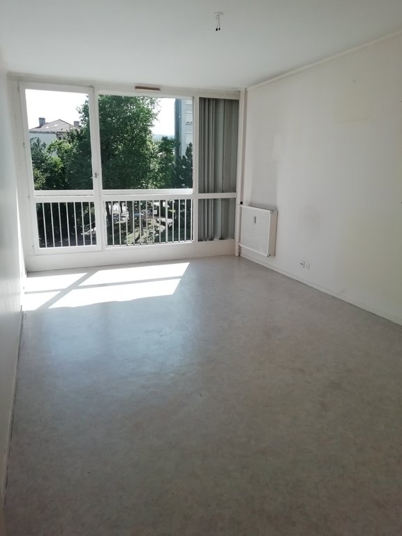 SAINT-ETIENNE - Appartement T2 50 m²