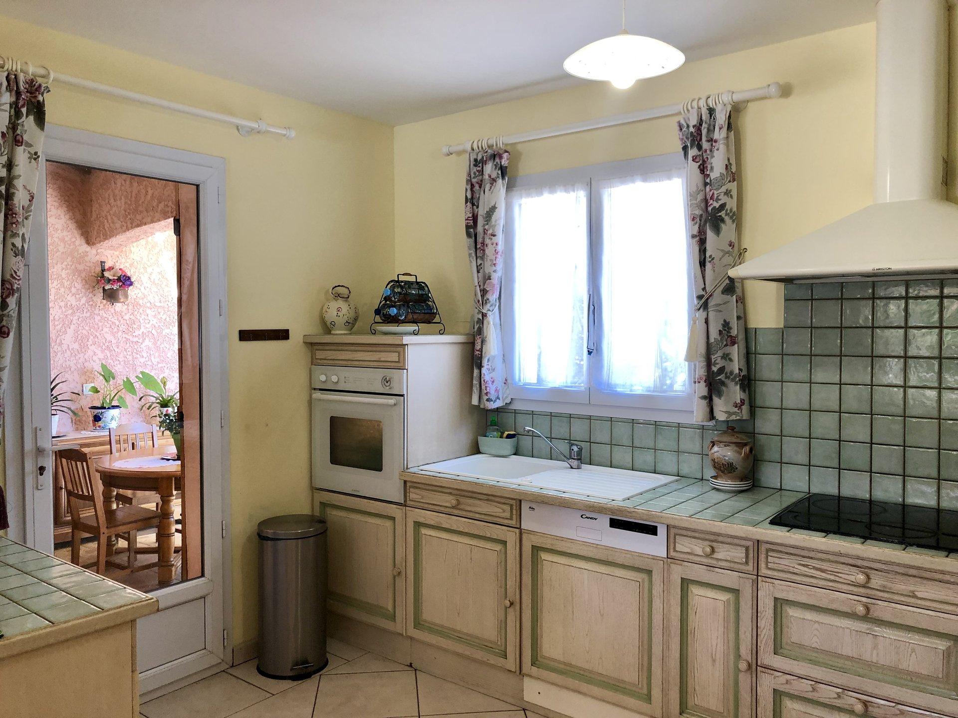 Sale House - Régusse