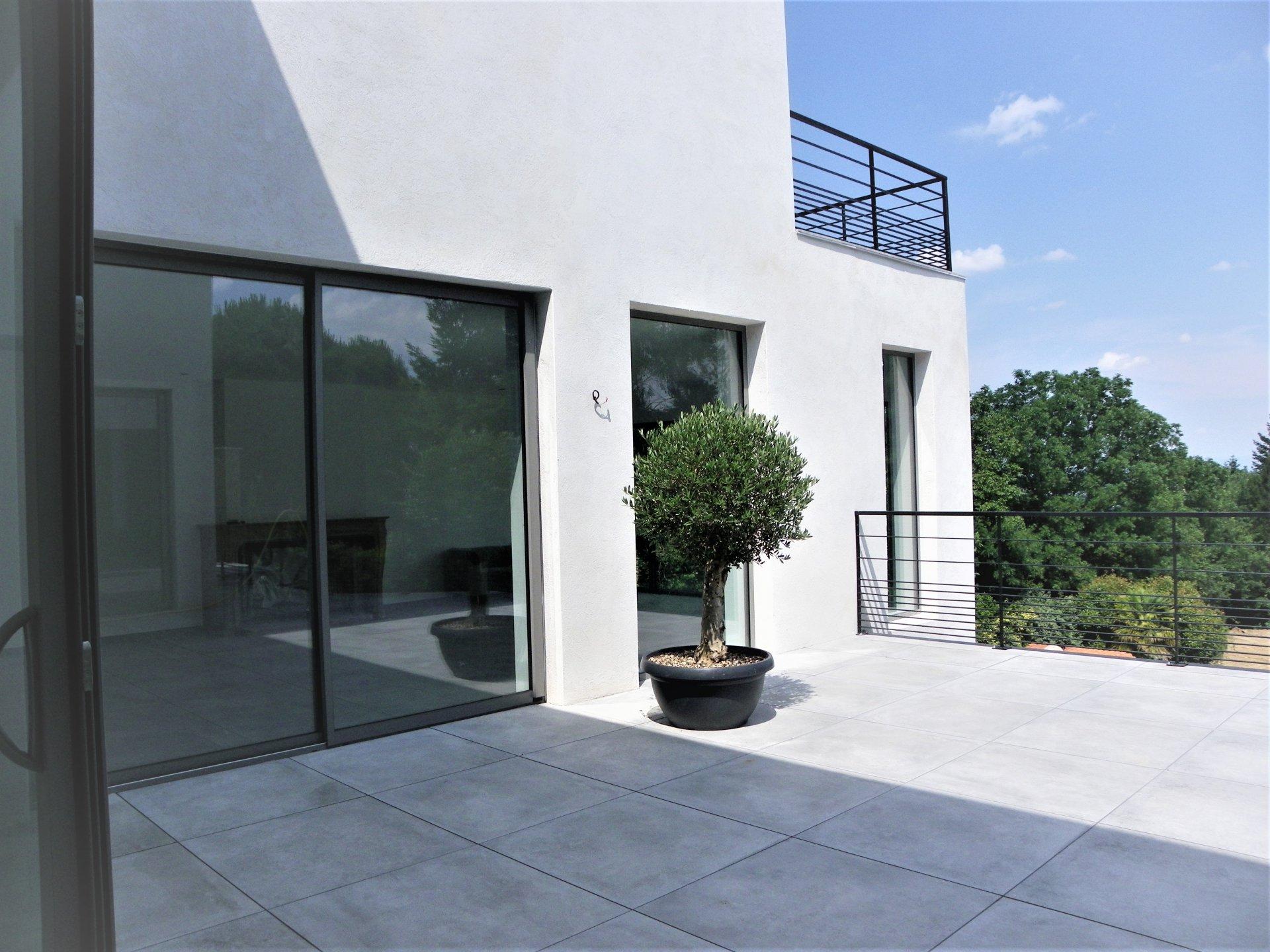 Sale House - Saint-Cyr-au-Mont-d'Or