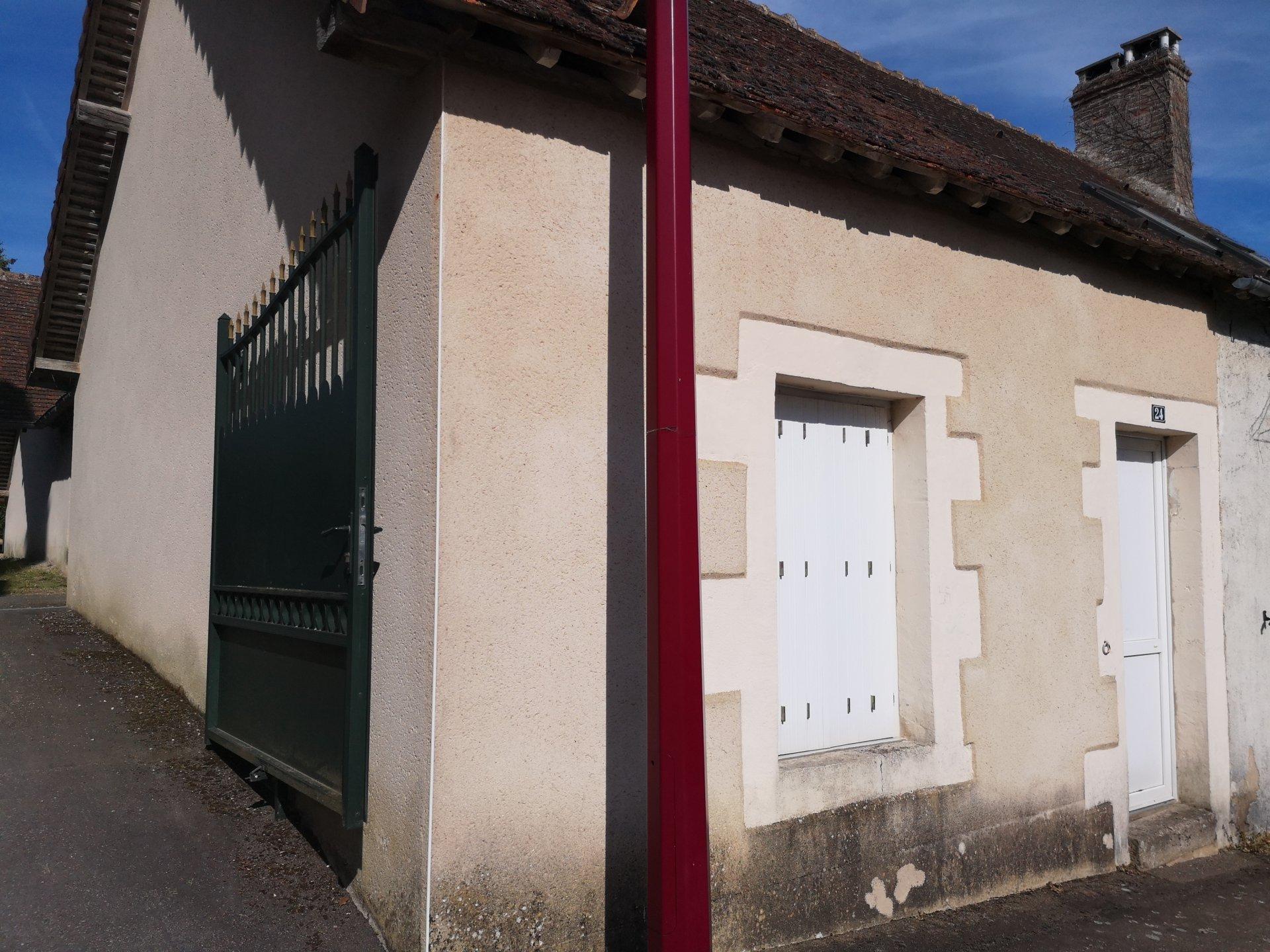 GRANDE MAISON DE VILLAGE 184 M² + 1 petite