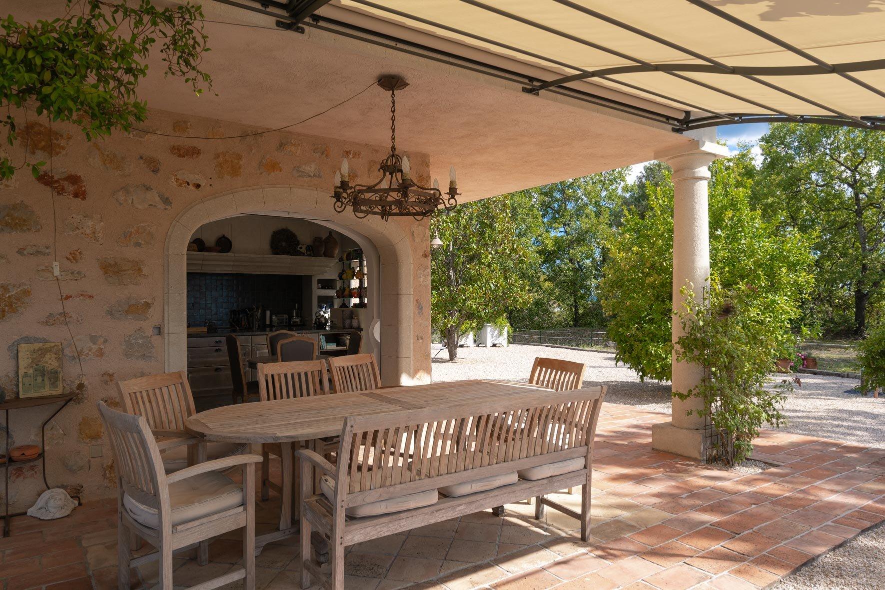 Montauroux:  villa, old stone,  best location