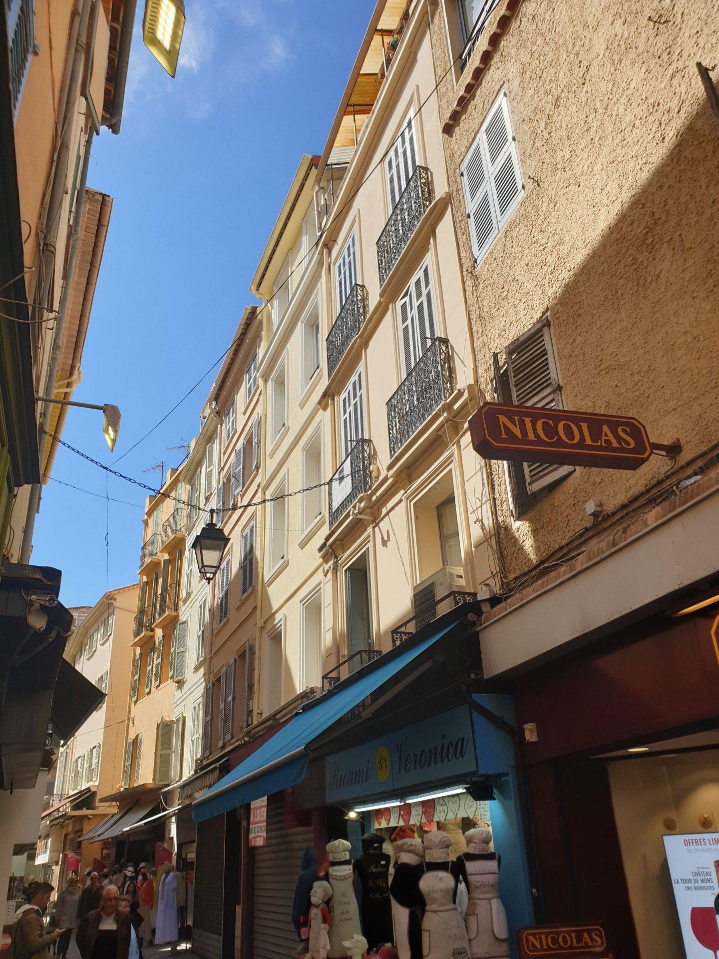 Location saisonnière Studio - Cannes