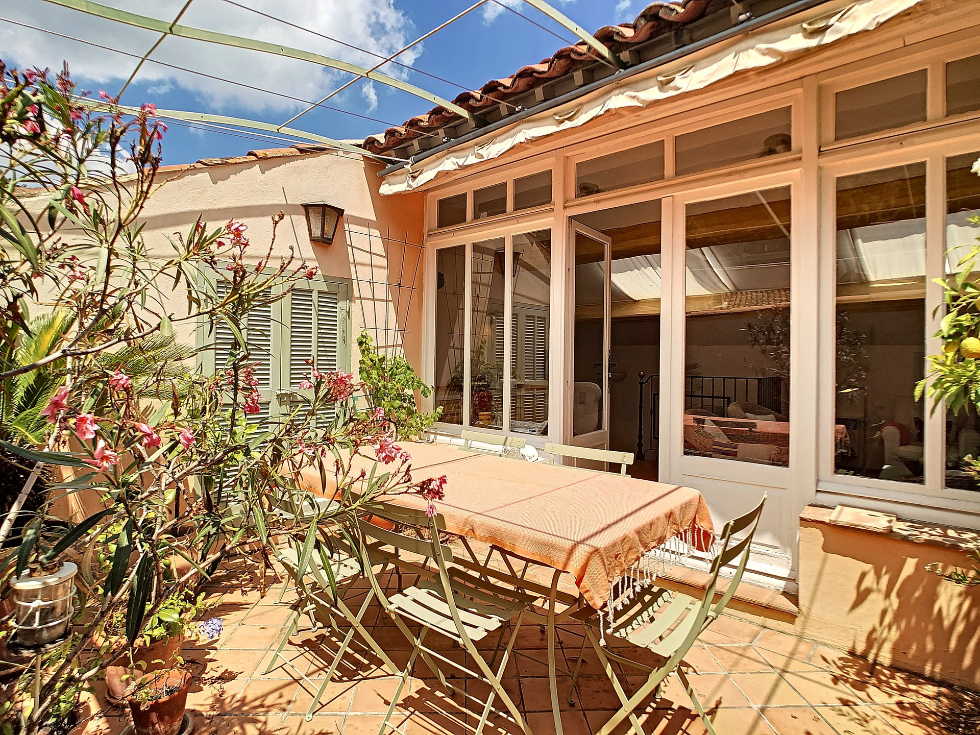 Spacious village house with rooftop terrace in La Garde Freinet