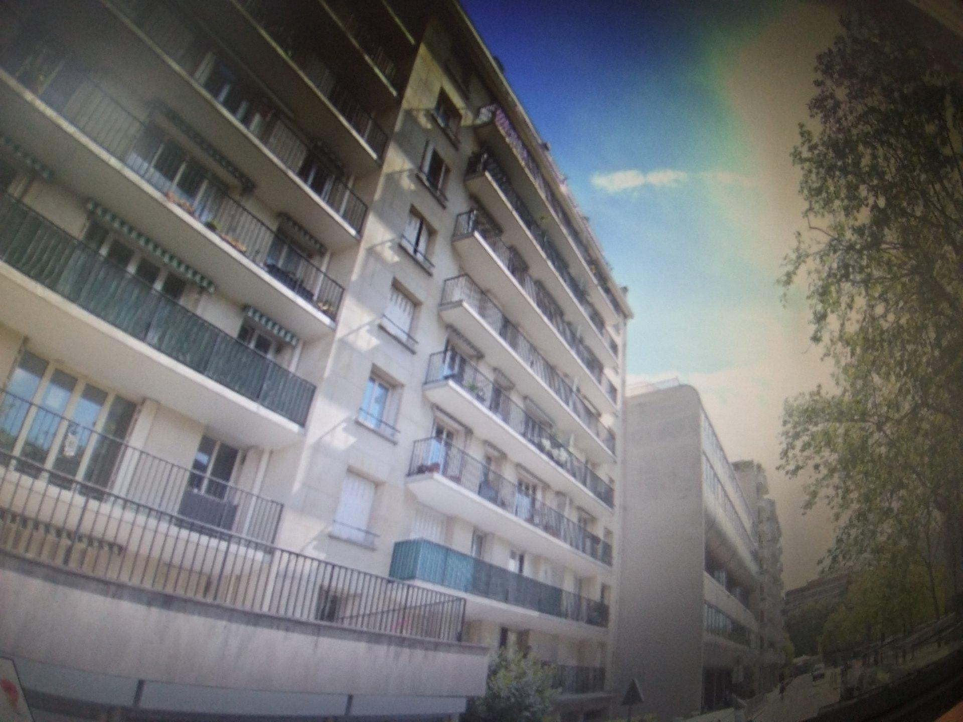 Vente appartement 3 pièces refait à neuf : 65 m² carrez + Balcon + Parking