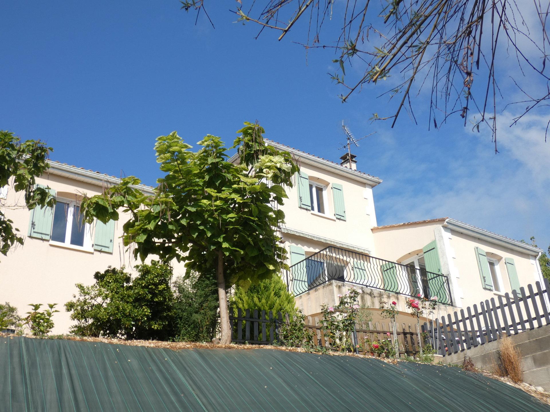 Charmante maison en bordure de Charente
