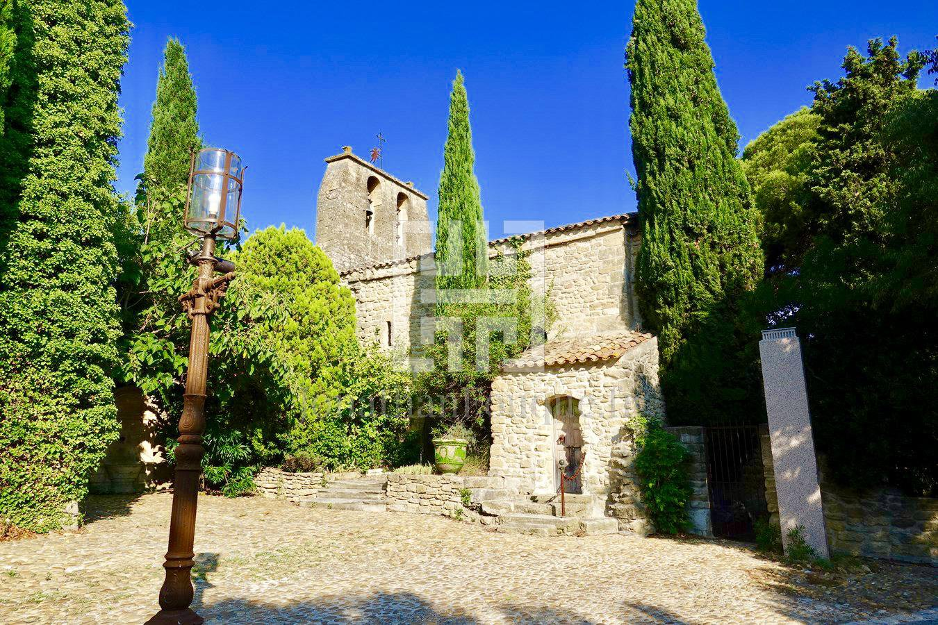 PAYS D'AIX - CHATEAU OF PROVENCE