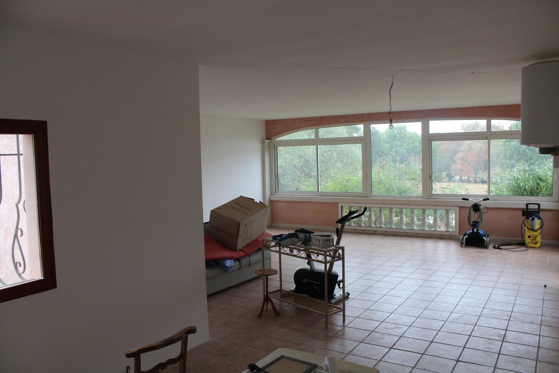 Maison d'architecte de 245 M² sur 13813 M² - 479 500 € FAI