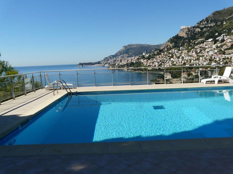 CAP MARTIN - 2 PIECES