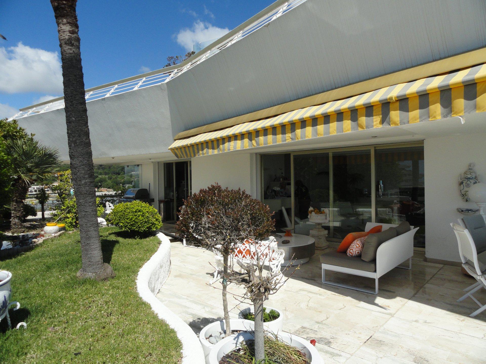Appartement 115,90m² + 174,90m² de terrasse