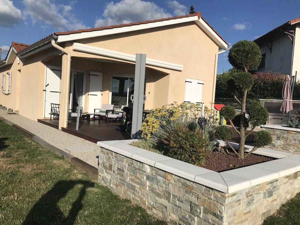 Villa pp avec dépendance terr 1302 m2