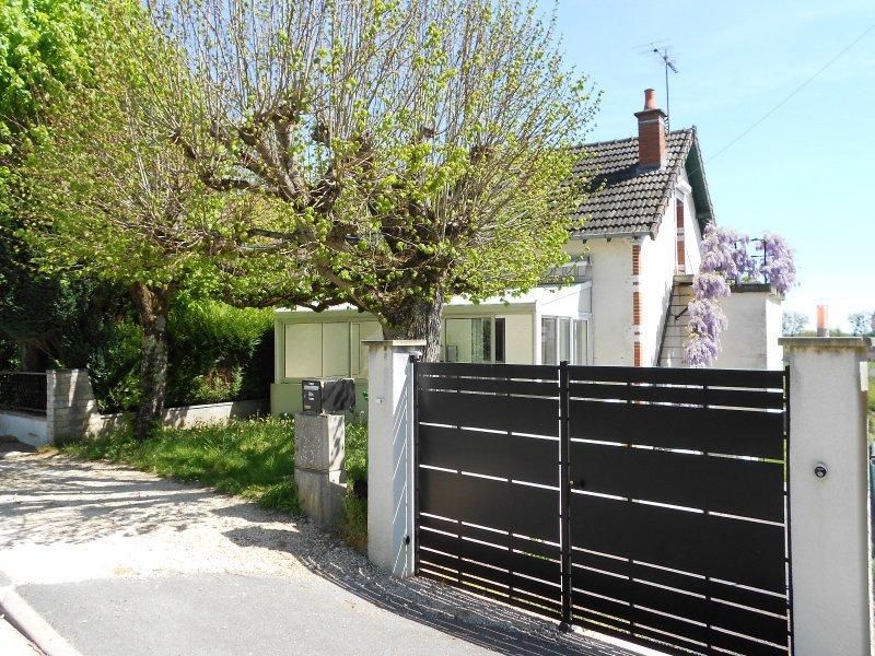 0109NAM - Maison env. 97 m² hab - FOËCY